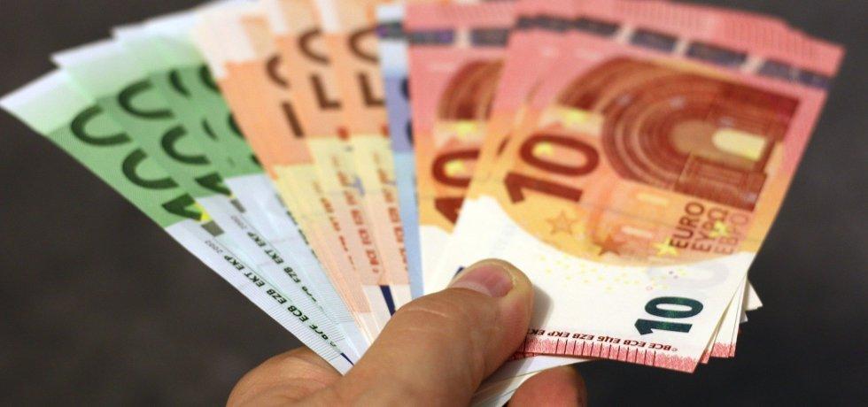 geld, euro, scheine, geben
