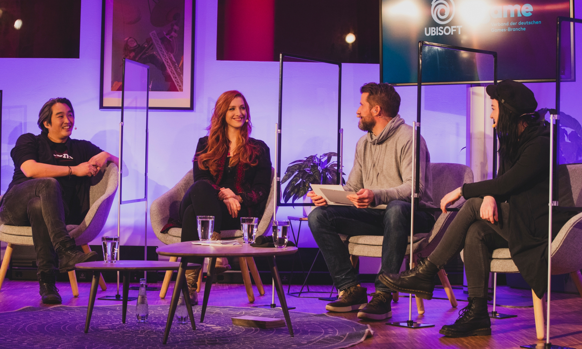 Deutscher Entwicklerpreis 2020 Moderatoren Live-Stream Valentina Birke, Fabian Siegismund, Lara Loft Trautmann, Daniel Budi Budimann